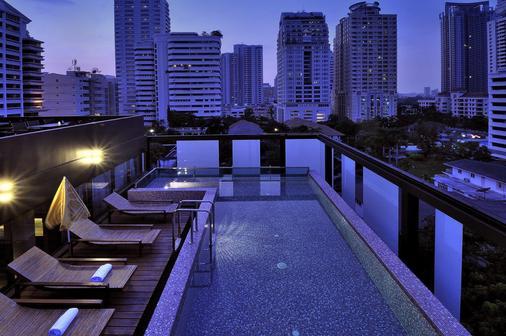 愛伽利素坤逸13號酒店 - 曼谷 - 陽台