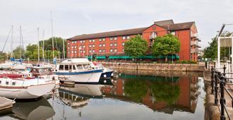 Holiday Inn Hull Marina - Hull - Edificio