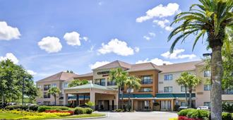 Courtyard by Marriott Jacksonville Airport/Northeast - Jacksonville - Toà nhà