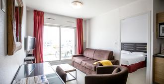 自由公寓酒店 - 瓦訥 - 瓦訥 - 客廳
