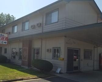 El Rancho Motel - Lewiston - Building