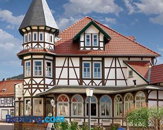 Gaststätte und Pension Felsenthal - Tabarz - Building