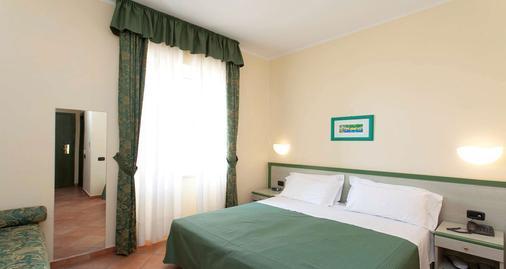 Best Western Hotel La Conchiglia - Palinuro - Schlafzimmer