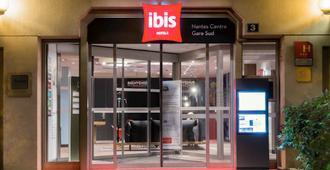 Ibis Nantes Centre Gare Sud - Nantes - Building