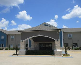Best Western Atoka Inn & Suites - Atoka - Building