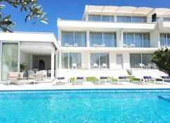 B&B Demar Residence - ซาดาร์ - สระว่ายน้ำ