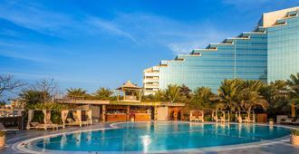 The ART Hotel & Resort - Muharraq - Piscina