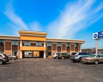 Best Western The Inn at Rochester Airport - Rochester - Building