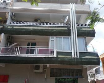 La Plaine Verte Guest House - Port Louis - Gebouw