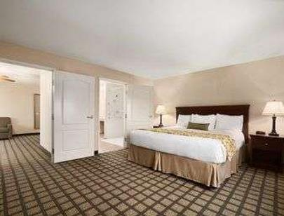 Baymont by Wyndham Odessa - Odessa - Bedroom