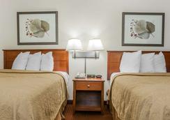 Quality Inn East - Ιντιανάπολη - Κρεβατοκάμαρα