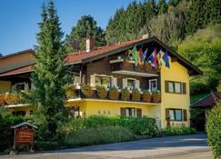 Haus Zeranka Hotel garni - Ruhpolding - Gebouw