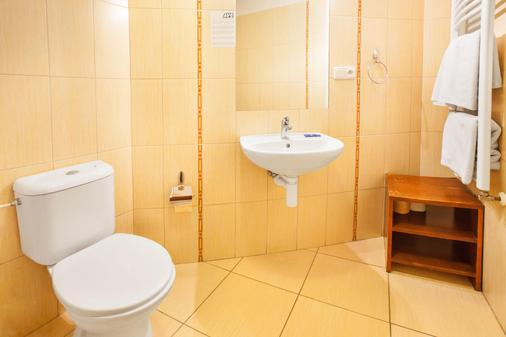 Apartment House Zizkov - Prague - Bathroom