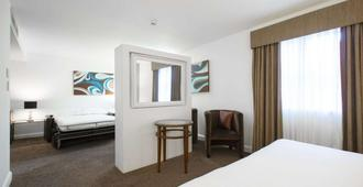 DoubleTree by Hilton Hotel & Spa Chester - Chester - Bedroom