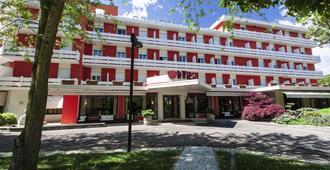 Hotel Terme Orvieto - אבאנו טרמה - בניין