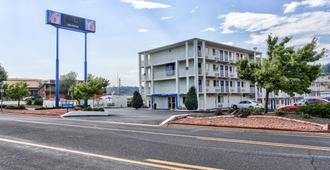 Motel 6 Flagstaff, AZ - East Lucky Lane - Flagstaff - Bygning
