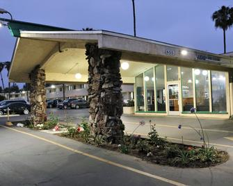 Valli Hi Motel - San Ysidro - Building