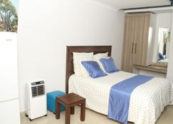 Highlands Lodges and Apartments - Harare - Bedroom