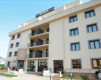 Myres Hotel Residence - Cassino - Gebäude