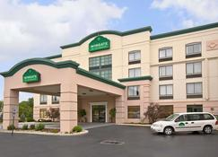 Holiday Inn Allentown-Bethlehem - Allentown - Building