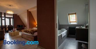 La haut - Saverne - Bedroom