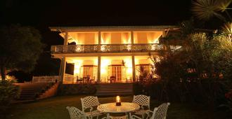 Laluna Ayurveda Resort - Bentota - Building