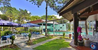 Hotel Meridianus - Lignano Sabbiadoro - Pátio