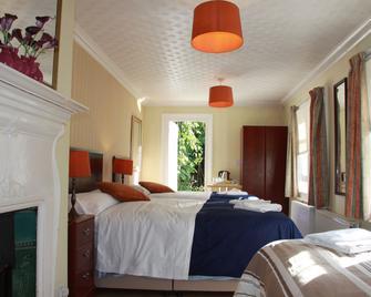 Ambassador Hotel - Brighton - Bedroom