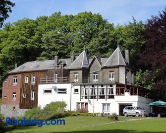 Hotel Villa Des Effats - Vielsalm - Gebouw
