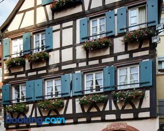 Historisches Gästehaus Au Faucon - Wissembourg - Gebouw