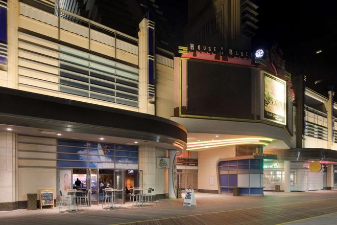 Showboat Hotel - Atlantic City - Building