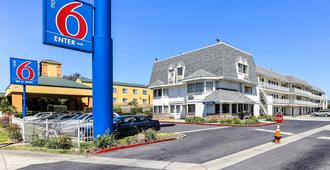 Motel 6 Oakland Airport - Ώκλαντ