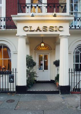 Classic Hotel - London - Building