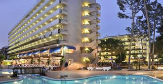 Hotel Marinada - Salou - Building