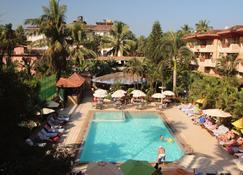 So My Resorts - Calangute - Pool