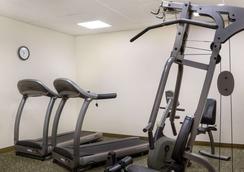 Quality Inn - Bismarck - Gym