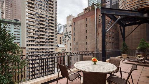 Best Western Plus Hospitality House - New York - Balcony