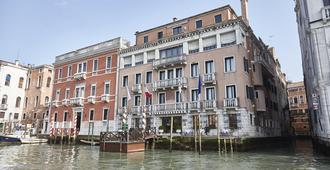 Sina Palazzo Sant'Angelo - Venecia - Edificio