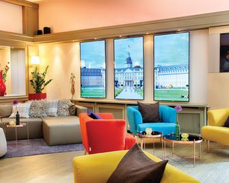 Leonardo Hotel Karlsruhe - Karlsruhe - Lounge