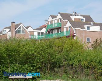 Huize de Duinen - Bergen aan Zee - Building