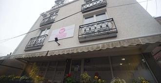 MM Rooms - Skopje - Building