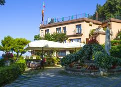 Hotel Internazionale - Portonovo - Building