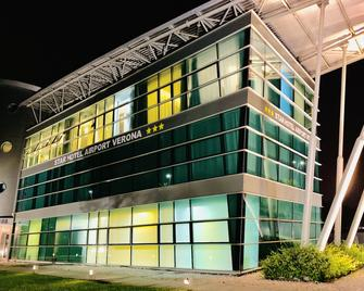 Star Hotel Airport Verona - Villafranca di Verona - Building