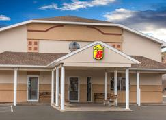 Super 8 by Wyndham Clearfield - Clearfield - Building