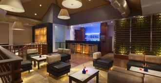 Ramada Resort by Wyndham Kochi - Cochín - Lounge
