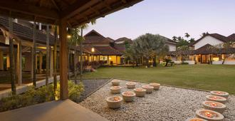 Ramada Resort by Wyndham Kochi - Kochi - Toà nhà