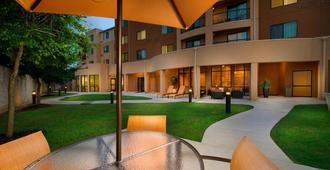 Courtyard by Marriott San Antonio SeaWorld/Lackland - סן אנטוניו - בניין