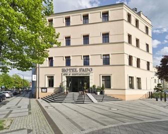 Hotel Fado Spa&restaurant - Świdnica - Gebouw