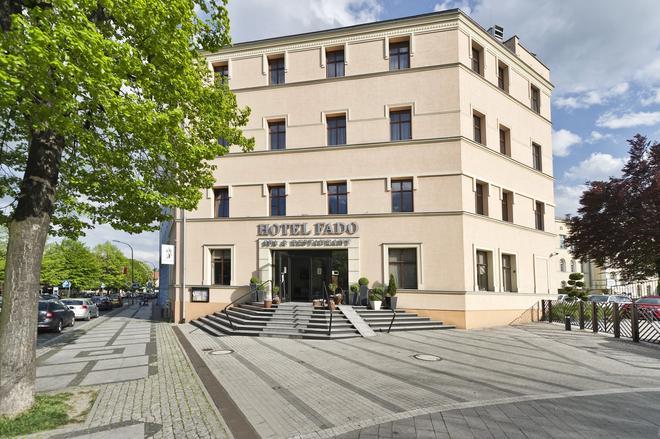 Hotel Fado Spa&restaurant - Świdnica - Building