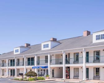 Baymont by Wyndham Duncan/Spartanburg - Duncan - Building